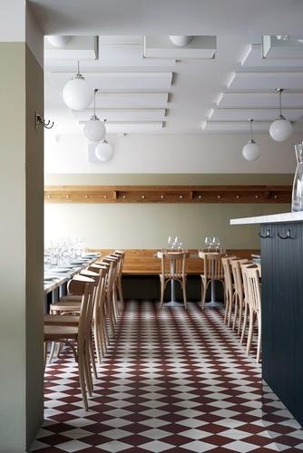 Werner-ravintolan kalustus